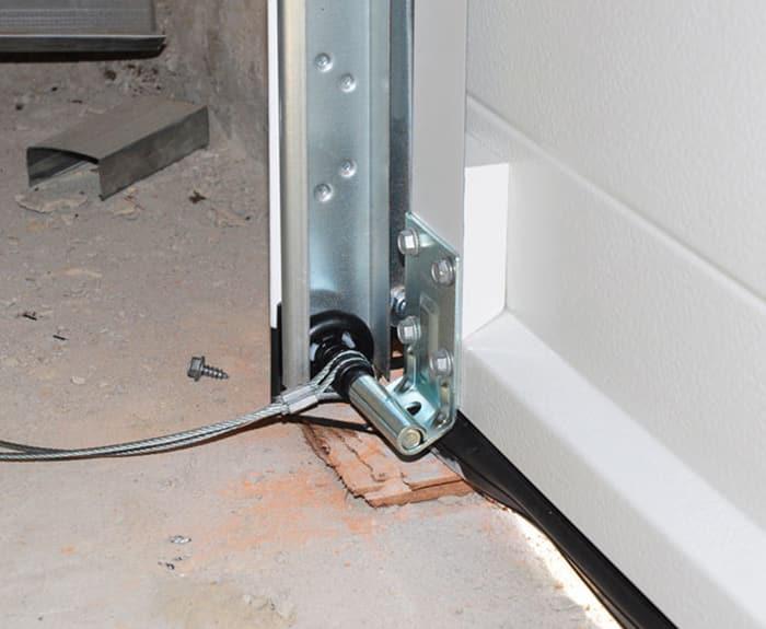 garage door-cables-repair