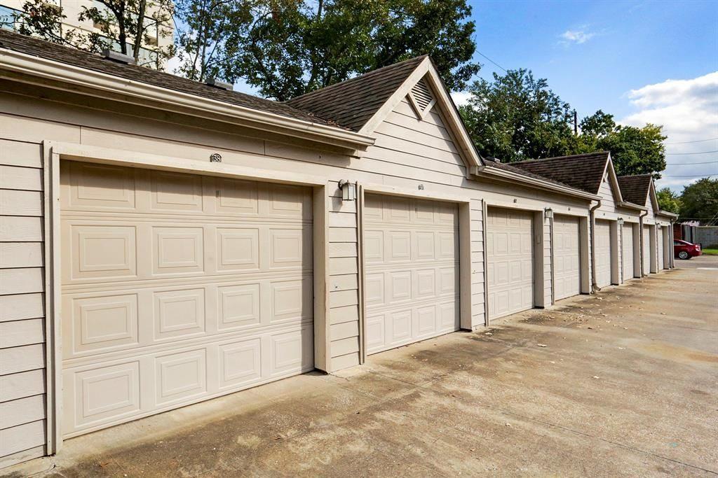 steel-garage-doors-houston