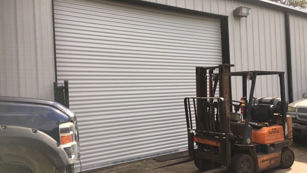 commercial_garage_door_installation
