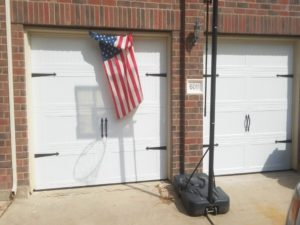 carrige_style_garage_door