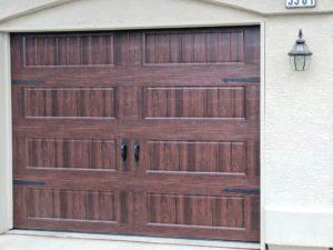 carrige_style_garage_doors