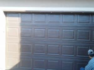 garage_door_painting_service