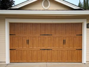wooden_door_garage