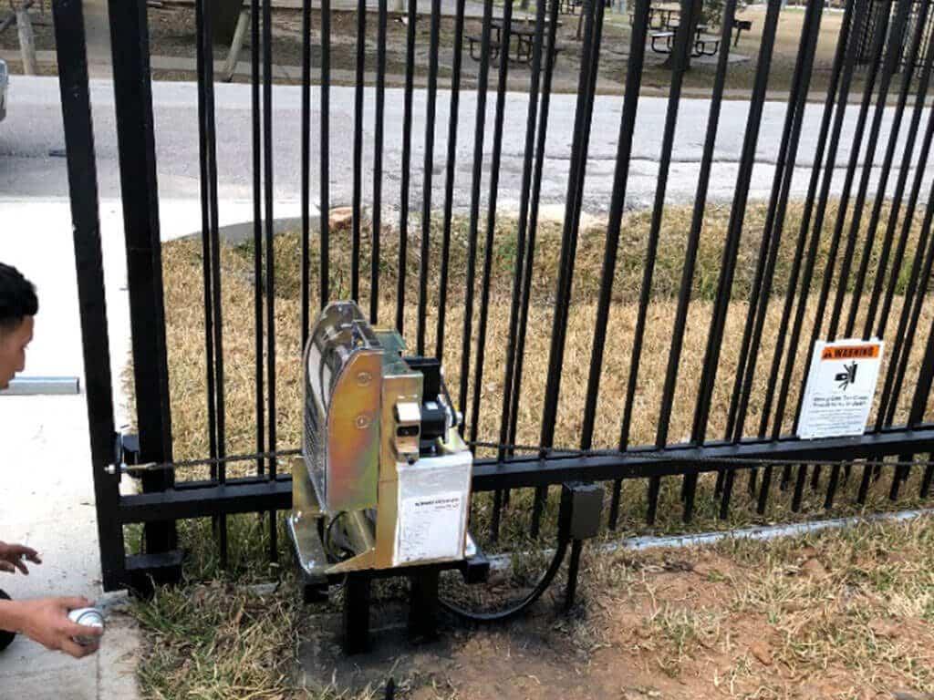 automatic_sliding_gate_opener