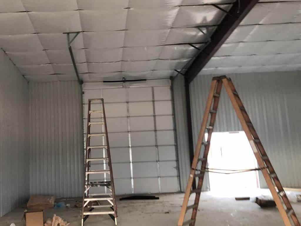 commercial_garage_door_installation_on_wherhouse (6)